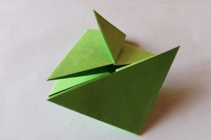 origami grenouille 09