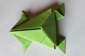 origami grenouille 16