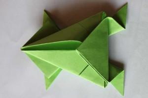 origami grenouille 17