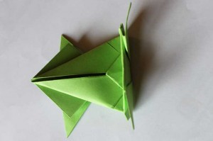 origami grenouille 19