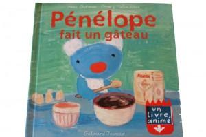 couverture du livre animé penelope fait un gateau