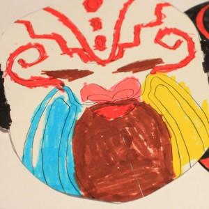 un masque pour le nouvel an chinois très colore par la fée rainbow
